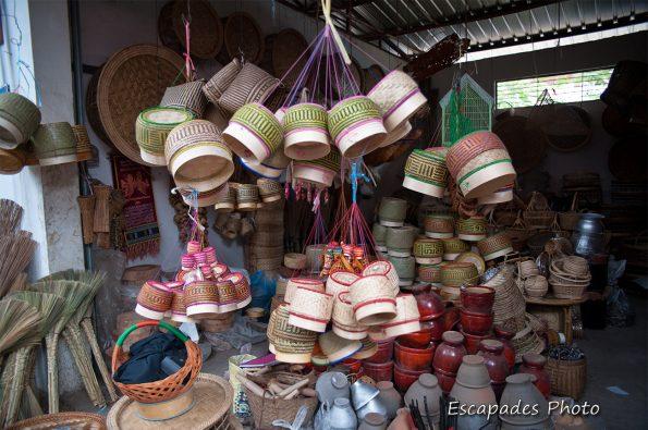 Vannerie - Luang Namtha - au marché