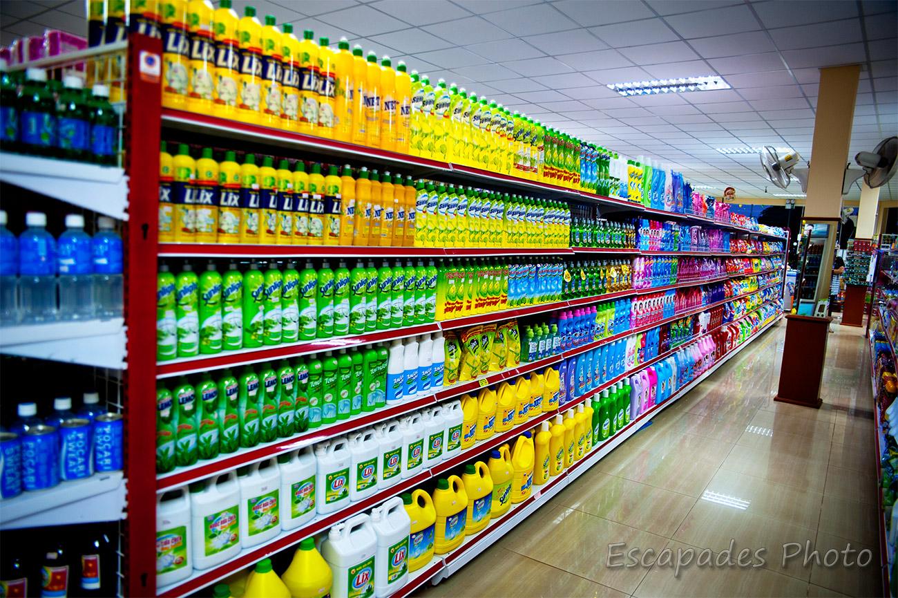 kampot, facing en supermarché