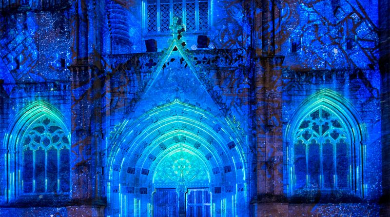 cathédrale de quimper illuminée