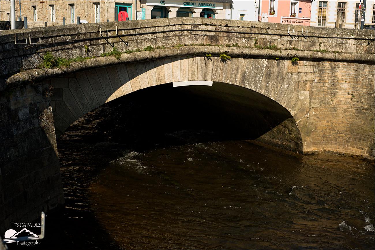 """Au Bourgneuf, le pont sur l""""Isole"""